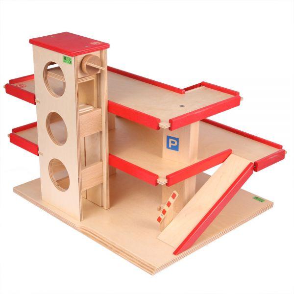 """Parkhaus aus Holz mit """"spiel gut"""" Auszeichnung von Beck Holzspielzeug."""