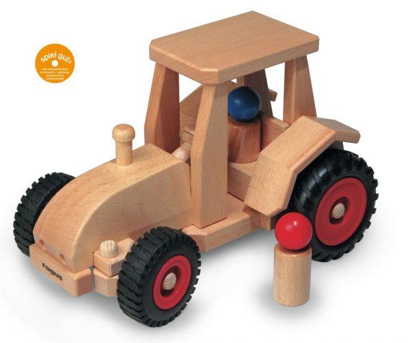 Fagus Schlepper, Traktor aus Buchenholz, mit Gummireifen
